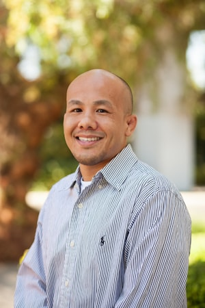 Addiction Recovery - Image of Darren Ng the Medical Review Officer Assistant
